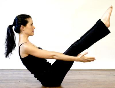 оттягивание ноги